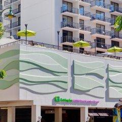 Отель Waikiki Beachcomber by Outrigger 3* Стандартный номер с различными типами кроватей фото 16