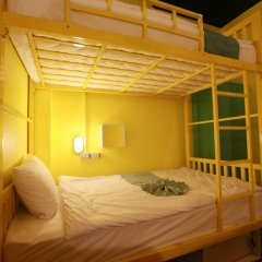 FIN Hostel Phuket Kata Beach Улучшенный номер с двуспальной кроватью фото 7