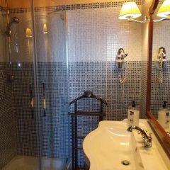 Отель Albergo Diffuso Locanda Specchio Di Diana Италия, Неми - отзывы, цены и фото номеров - забронировать отель Albergo Diffuso Locanda Specchio Di Diana онлайн ванная