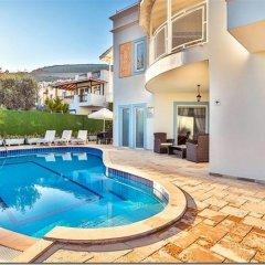Villa Merve Турция, Калкан - отзывы, цены и фото номеров - забронировать отель Villa Merve онлайн бассейн фото 2