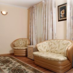 Гостиница Ностальжи в Тюмени 2 отзыва об отеле, цены и фото номеров - забронировать гостиницу Ностальжи онлайн Тюмень комната для гостей фото 3
