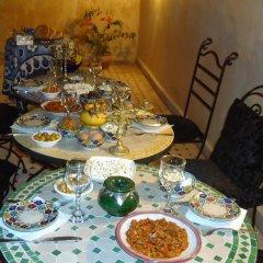 Отель Riad les Idrissides Марокко, Фес - отзывы, цены и фото номеров - забронировать отель Riad les Idrissides онлайн питание фото 2