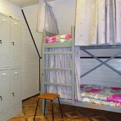 Hostel Favorit Кровать в общем номере с двухъярусной кроватью фото 7