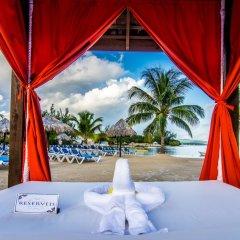 Отель Jewel Paradise Cove Beach Resort & Spa - Curio Collection by Hilton бассейн фото 2