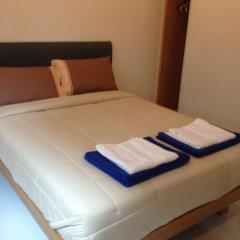 Отель Ratchaporn Place Номер Делюкс с различными типами кроватей фото 37