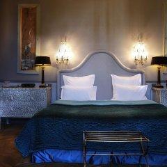 Отель Saint James Paris 5* Улучшенный номер с различными типами кроватей