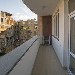 Апартаменты FlatsInYerevan - Apartments at Aram Street (New Building) Апартаменты с различными типами кроватей фото 12