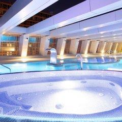 Отель NH Collection Madrid Eurobuilding бассейн фото 2