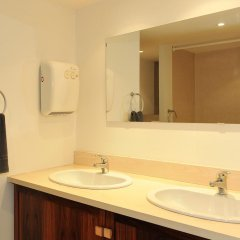 Отель Freed'Home Capitole Франция, Тулуза - отзывы, цены и фото номеров - забронировать отель Freed'Home Capitole онлайн ванная фото 2