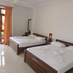 Отель Rajarata Lodge 3* Стандартный номер с различными типами кроватей фото 3