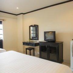 Отель Golden Tulip Essential Pattaya 4* Улучшенный номер с различными типами кроватей фото 18