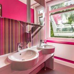 Отель Safestay London Kensington Holland Park Стандартный номер с 2 отдельными кроватями (общая ванная комната) фото 3
