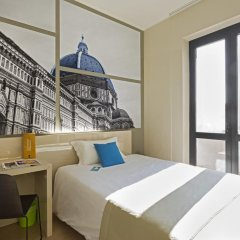 B&B Hotel Firenze City Center сейф в номере