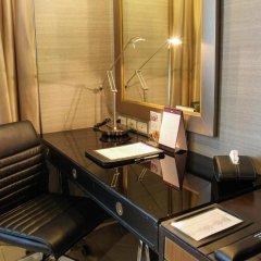 Отель FuramaXclusive Asoke, Bangkok 4* Номер Делюкс с различными типами кроватей фото 8