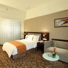 Отель Holiday Inn Express Chengdu Wuhou 3* Стандартный номер с различными типами кроватей