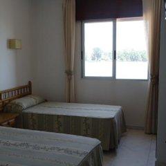 Отель Hostal Miramar Эль-Грове комната для гостей фото 2