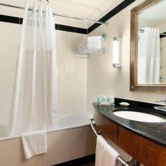 Отель Hilton London Euston 4* Стандартный семейный номер с двуспальной кроватью фото 7