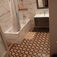 Отель B&B Comfort Стандартный семейный номер с двуспальной кроватью (общая ванная комната) фото 7