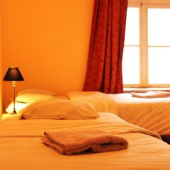 Отель Tabinoya - Tallinn's Travellers House Стандартный номер с 2 отдельными кроватями (общая ванная комната) фото 3
