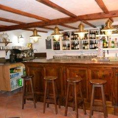 Hotel Puerto Arnela Камариньяс гостиничный бар