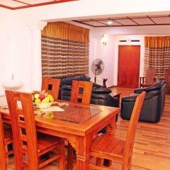 Отель Villa Thotiya 2* Вилла с различными типами кроватей фото 8