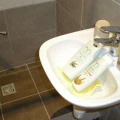 Отель Guest room in Old Town Литва, Вильнюс - отзывы, цены и фото номеров - забронировать отель Guest room in Old Town онлайн ванная