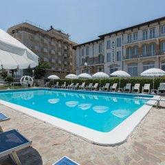 Отель Villa Augustea бассейн