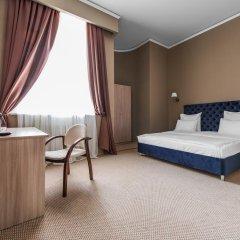Гостиница Фортис 3* Улучшенный номер с двуспальной кроватью