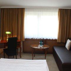 Отель Kraft Германия, Мюнхен - 1 отзыв об отеле, цены и фото номеров - забронировать отель Kraft онлайн комната для гостей фото 12
