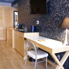 Отель TRYP By Wyndham Times Square South 4* Стандартный семейный номер с двуспальной кроватью фото 6