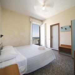 Отель Telstar 3* Стандартный номер с двуспальной кроватью