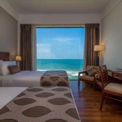 Отель The Ocean Colombo 3* Улучшенный номер с различными типами кроватей фото 6