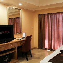Отель FuramaXclusive Sukhumvit 4* Номер Делюкс с двуспальной кроватью фото 16
