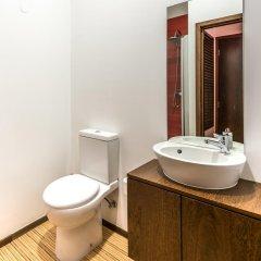 Отель Lounge Inn ванная фото 2