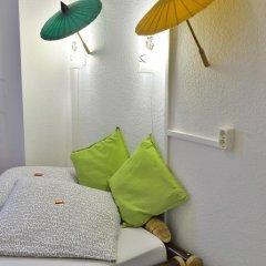 Kiez Hostel Berlin Стандартный номер с двуспальной кроватью (общая ванная комната) фото 9
