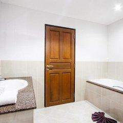 Апартаменты Pratumnak Hill Apartment 2 Bedroom Паттайя ванная