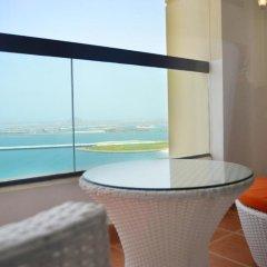 Отель Vacation Bay - Sadaf-5 Residence балкон