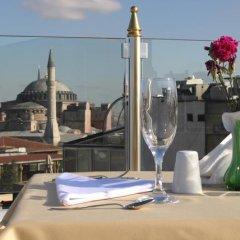 Aldem Boutique Hotel Istanbul Турция, Стамбул - 9 отзывов об отеле, цены и фото номеров - забронировать отель Aldem Boutique Hotel Istanbul онлайн приотельная территория