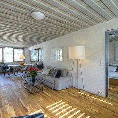 Апартаменты Langhans Apartments Прага комната для гостей фото 3