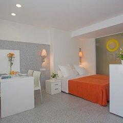 Отель Apartamentos Mix Bahia Real комната для гостей