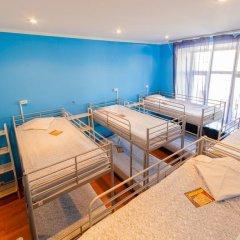 Отель Жилое помещение Bear на Смоленской Кровать в общем номере фото 13