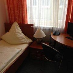 Hotel Schwarzer Bär 3* Стандартный номер с 2 отдельными кроватями (общая ванная комната) фото 3