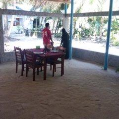 Отель Malas Island View Мальдивы, Северный атолл Мале - отзывы, цены и фото номеров - забронировать отель Malas Island View онлайн питание фото 2