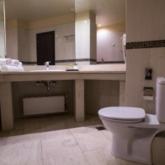 Отель Davitel - The Tobacco Салоники ванная фото 2