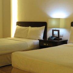 Century Plaza Hotel 2* Стандартный номер с различными типами кроватей фото 7