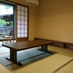 Отель Ryokan Ichinoi Минамиогуни комната для гостей фото 5