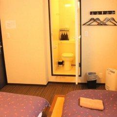 Отель K's House Tokyo Oasis Кровать в общем номере фото 7
