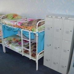 Хостел Достоевский Кровать в общем номере с двухъярусной кроватью фото 26