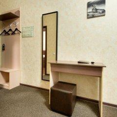 Гостиница Шале на Комсомольском 3* Улучшенный номер с двуспальной кроватью фото 13