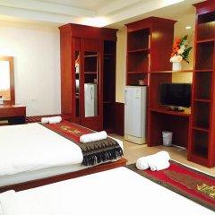 Natural Samui Hotel сейф в номере